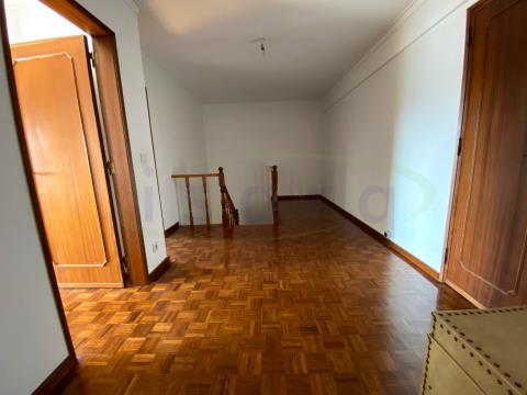Apartamento T4 Duplex em Belém