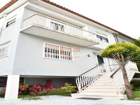 Maison jumelée 4 Chambre(s) Triplex