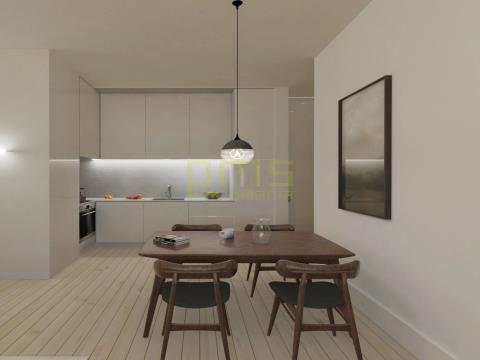Apartamento T2 com mezanino na Baixa, Porto