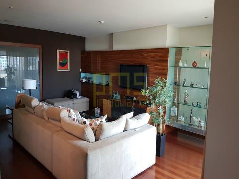 Apartamento T4+1 Aviz, Porto,