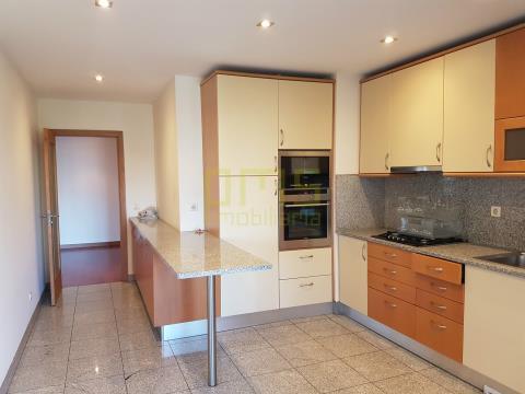 Apartamento T3+1 Bessa Porto