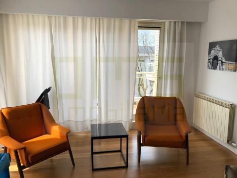 Apartamento T4+1 Foz - Nevogilde
