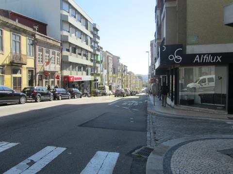 Prédio centro Porto,