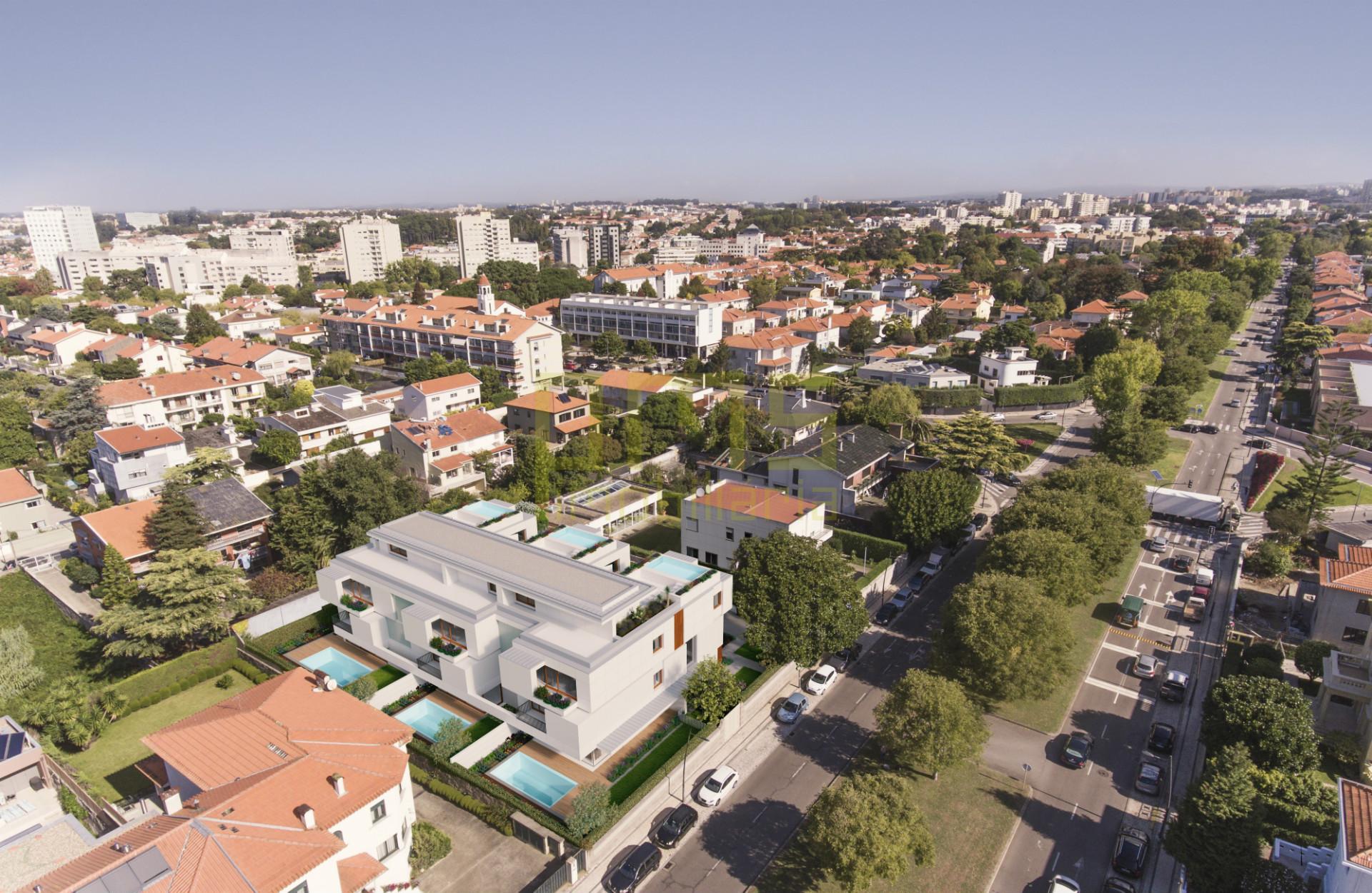 Moradia, T3+1 Avenida Marechal Gomes da Costa Porto