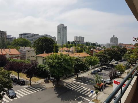 Apartamento T4 Pinheiro Manso, Porto