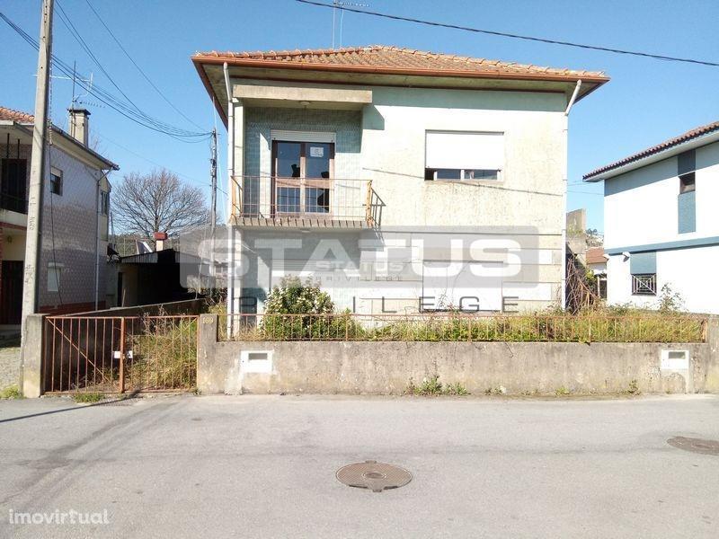MORADIA ISOLADA V3, no centro de Felgueiras, com área de construção 182 m2!