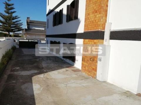 Apartamento T2 com terraço Vilar de Andorinho, V.N. GAIA