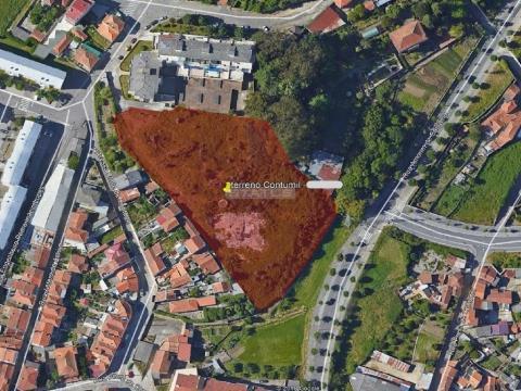 Terreno Urbano com 8503 m2 em Campanhã (Antas)
