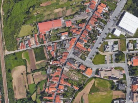 Terreno Urbano com 3204 M2 em Madalena