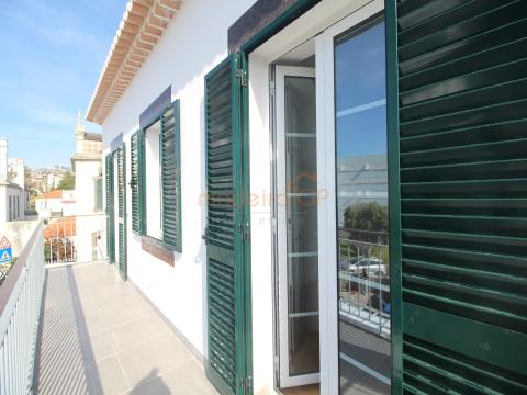 Fantastic 2 bedroom apartment on the top floor in Santa Maria Maior