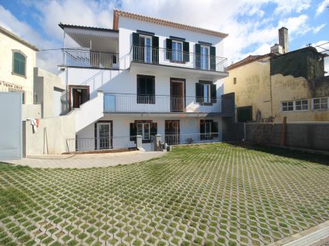 Fantastic 2 bedroom apartment on the top floor in Santa Maria Maior