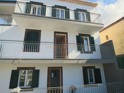 Fantastic traditional style building consisting of 3 2 bedroom apartments in Santa Maria Maior