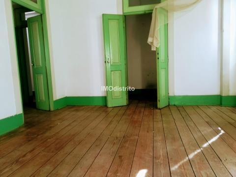 House >=10 Bedroom