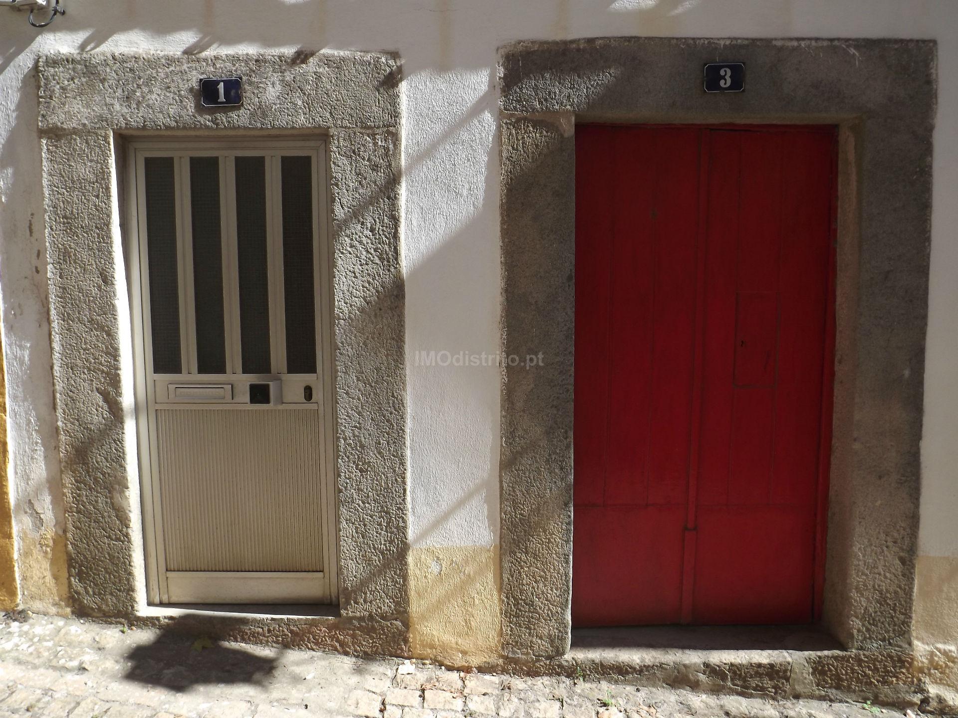 Viviendas Adosadas en barrio 2 habitaciones