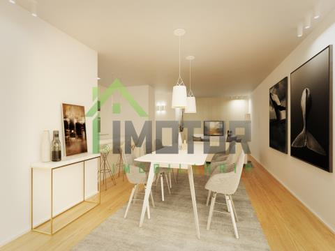 1 bedroom apartment in a private condominium on Av. Marginal in Olhão