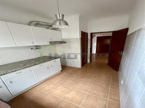 Apartment for rent in Faro with excellent location