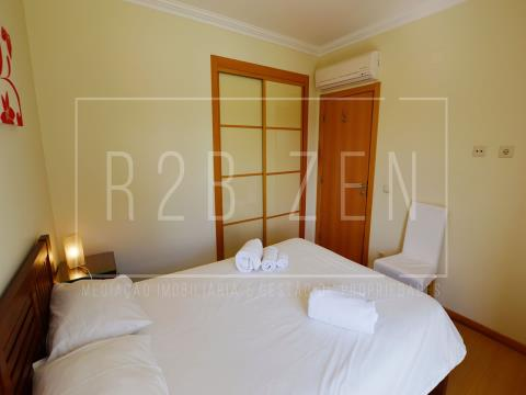 JCAG - 2 bedroom apartment - communal pool, tennis court and parking
