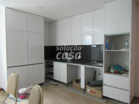 Apartamento NOVO T1+1 no Centro de Gaia!