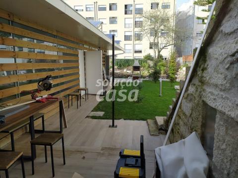 Prédio perto do Hospital S. João. Suites para arrendamento no Porto