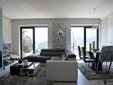 Fantástico T4 duplex - Qtª Ponte Terra