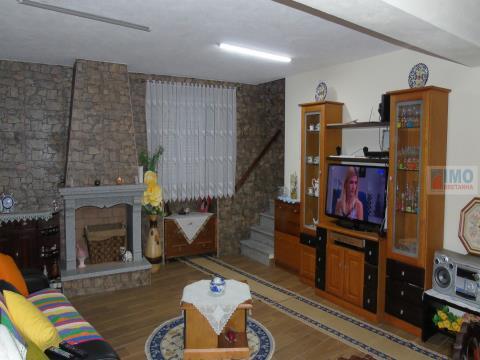 Moradia V5 Renovada - Cebolais de Cima