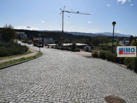 Lote de Terreno - Qtª Ponte Terra