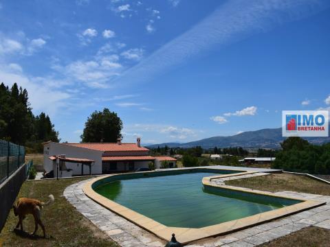 Casa de Campo c/ Piscina e vista para a Serra da Estrela