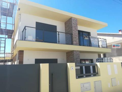 Semi-detached house T3 DUPLEX