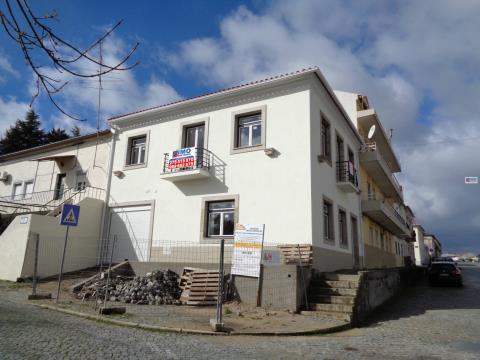 Moradia V3 - Centro do Fundão