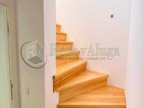 T2 Penthouse Sesimbra