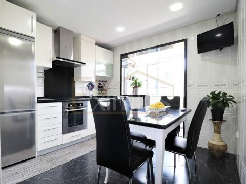 Two bedroom apartment in Caxinas for sale
