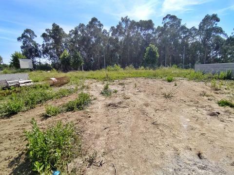 Terreno para construção em Parada para venda