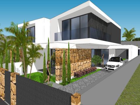 Maison de 4 chambres à Beiriz à vendre