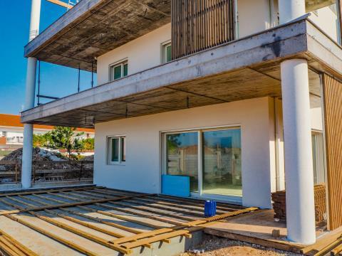3 BEDROOMS FANTASTIC DUPLEX FLAT FOR SALE - OVERLOOKING THE OCEAN - NAZARÉ BEACH & MARINA