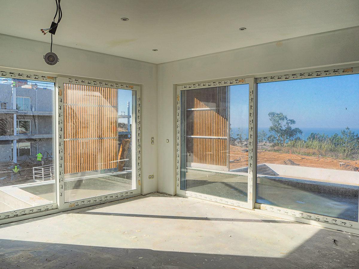 3 BEDROOMS FANTASTIC FLAT FOR SALE - OVERLOOKING THE OCEAN - NAZARÉ BEACH & MARINA