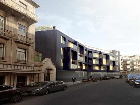 Empreendimento Vale do Pereiro Espaçoso e Refinado Apartamento com 2 Quartos - Òptima Zona Central