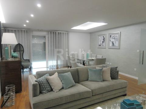Apartamento T2 novo inserido em zona de excelência no concelho de Oeiras