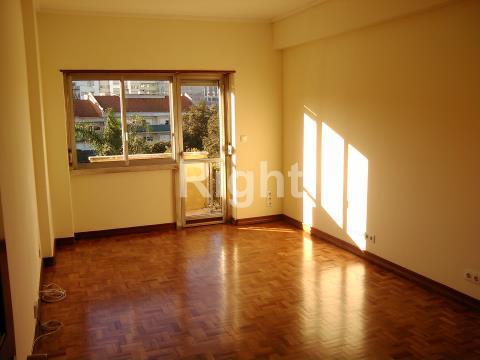 Apartamento T2 na Estefânia