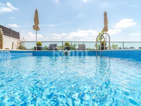 Apartamento T3 novo com terraço o piscina no Lumiar
