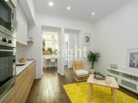 Apartamento T2+1 remodelado na Graça