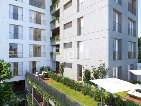 Apartamento T1+1 no coração das Avenidas Novas