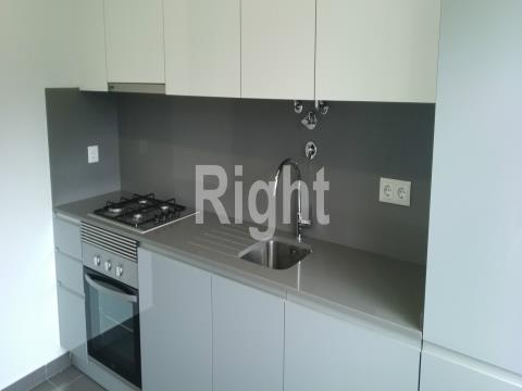 Apartamento T2 novo com garagem privada no Seixal