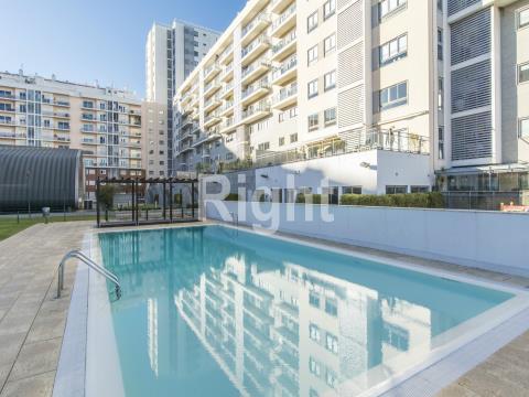 Apartamento T3 no condomínio Telheiras Residence em Alvalade