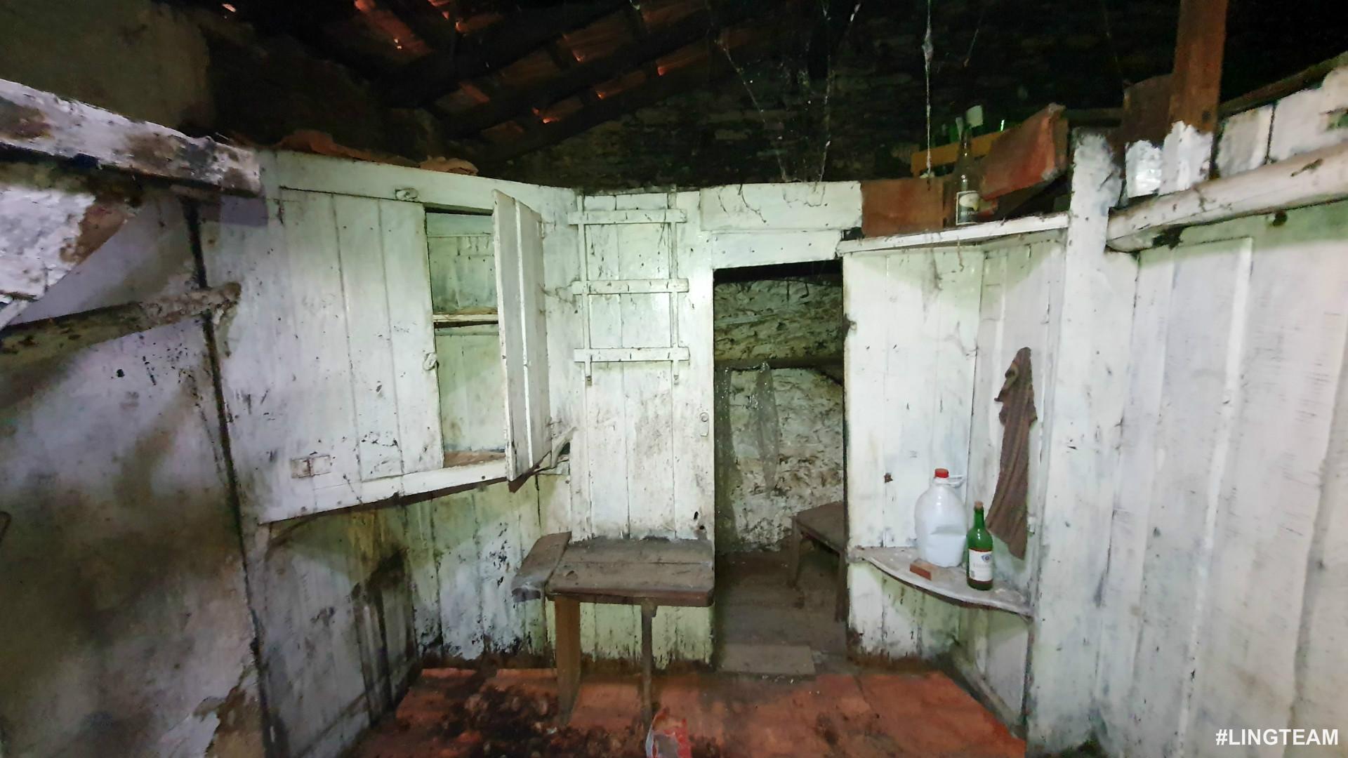 Maison dans village 1 Chambre(s)