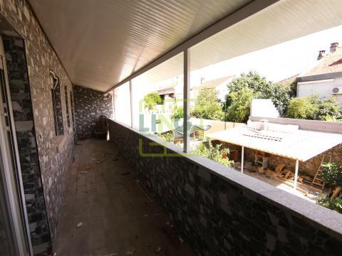 Apartment Floor Dwelling T4 DUPLEX