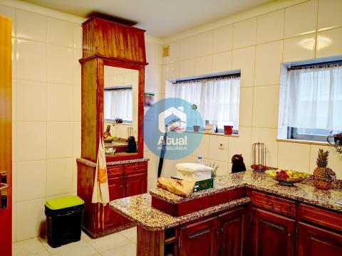 Apartamento T2 para Arrendamento, Costa, Guimarães
