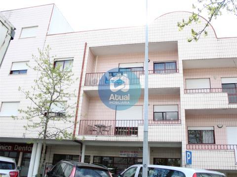 Apartamento T3 no centro de Brito, Guimarães