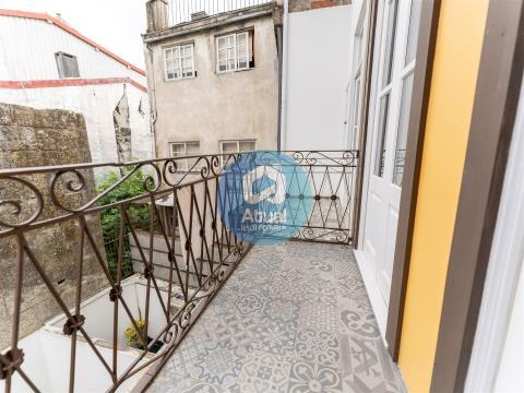 Apartamento T0 renovado, Venda, em pleno centro histórico, Guimarães