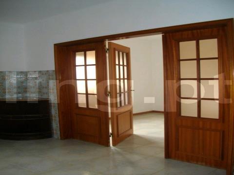 Zweifamilienhaus 2 Schlafzimmer