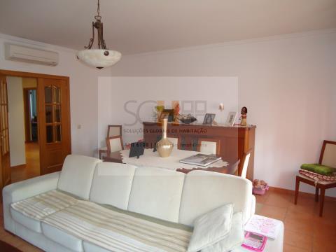 Excelente apartamento de 4 assoalhadas (T3) para venda em Alcains